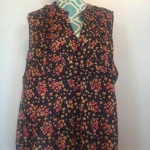 Torrid floral sleeveless v-neck top 3X